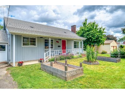 Single Family Home For Sale: 3325 SW Primrose St