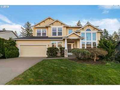 Happy Valley Single Family Home For Sale: 11100 SE Cedar Way