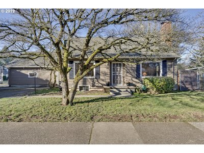Single Family Home For Sale: 12733 SE Salmon Ct