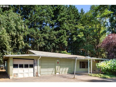 Oregon City Single Family Home For Sale: 19801 Highway 213