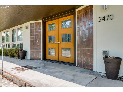 Single Family Home For Sale: 2470 Chambers St