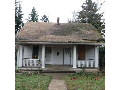 Oregon City, Beavercreek, Molalla, Mulino Single Family Home For Sale: 723 Molalla Ave