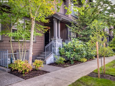 Portland Single Family Home For Sale: 661 SW Foresta Ter