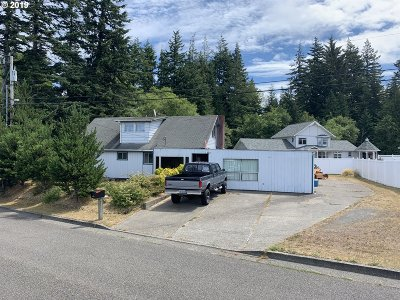 North Bend Single Family Home For Sale: 3555 Kinney Rd