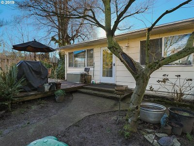 Vancouver Single Family Home For Sale: 2401 NW 69th St