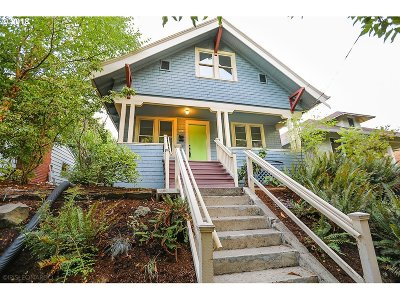 Single Family Home For Sale: 3322 SE Brooklyn St