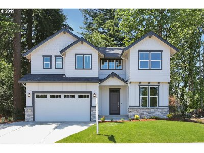 Single Family Home For Sale: 15654 NE Clackamas Ct