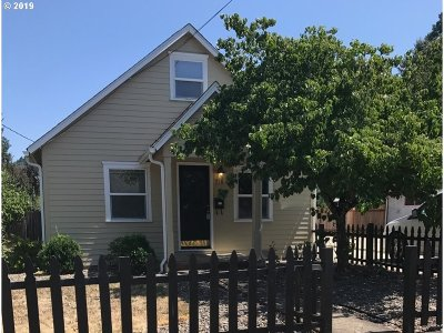 Single Family Home For Sale: 716 S 8th St