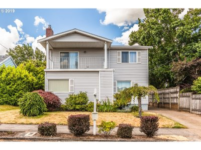 Multnomah County Single Family Home For Sale: 7125 N Commercial Ave