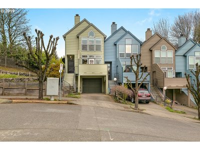 Single Family Home For Sale: 1 SW Richardson St