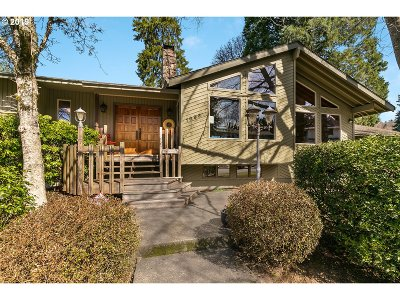 Gresham Single Family Home For Sale: 1693 SW 20th Ct