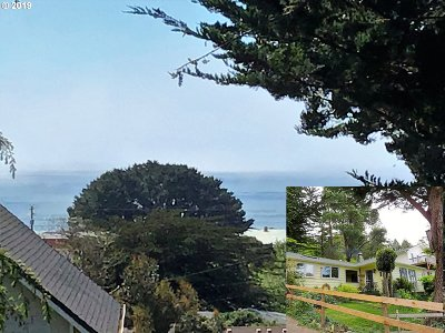 Gold Beach OR Single Family Home For Sale: $260,000