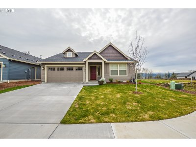 Cowlitz County Single Family Home For Sale: 319 Stone Park
