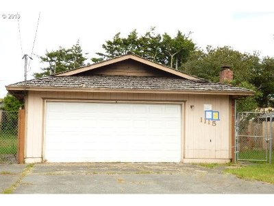 Coos Bay Single Family Home For Sale: 1115 Fenwick Ave
