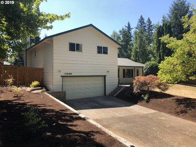 Oregon City Single Family Home For Sale: 14800 S Fern Bluff Dr