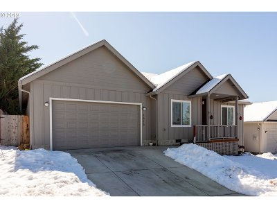 Cottage Grove, Creswell Single Family Home For Sale: 1515 Red Hills Pl