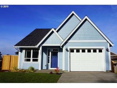 Lincoln City Single Family Home For Sale: 3251 NW Neptune Ave