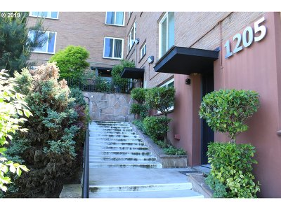 Condo/Townhouse For Sale: 1205 SW Cardinell Dr #102