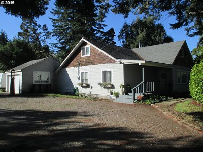 Bandon Single Family Home For Sale: 88964 Hwy 42s