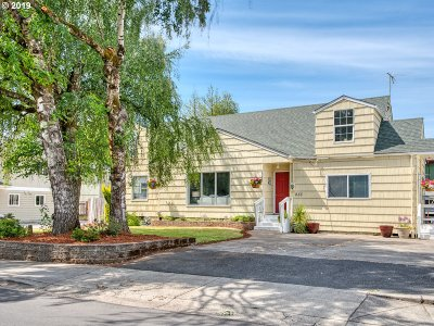Santa Clara Single Family Home For Sale: 233 Green Ln