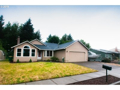 Troutdale Single Family Home For Sale: 1725 SE Evans Ave
