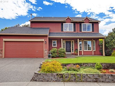 Hillsboro Single Family Home For Sale: 1840 SE 61st Dr