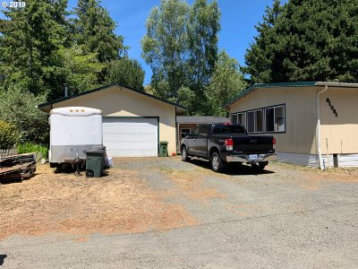 Coos Bay Single Family Home For Sale: 91091 Cedar Circle Ln