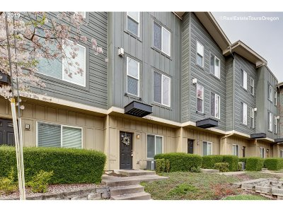 Beaverton Condo/Townhouse For Sale: 16725 SW Baseline Rd