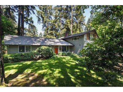 Lake Oswego Single Family Home For Sale: 5955 Washington Ct