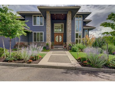 Portland Single Family Home For Sale: 2324 NW Pinnacle Dr