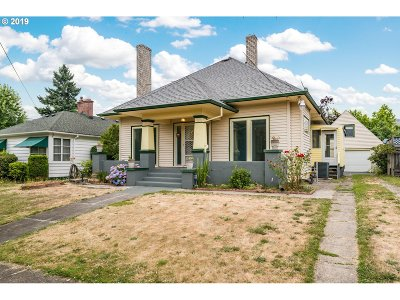 Single Family Home For Sale: 1645 N Willamette Blvd