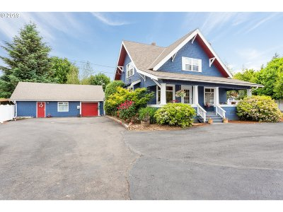 Tualatin Single Family Home For Sale: 19840 SW Boones Ferry Rd
