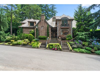 Lake Oswego Single Family Home For Sale: 15825 Oswego Shore Ct
