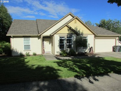Mcminnville Single Family Home For Sale: 3096 NE Karen Ct