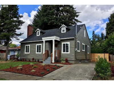 Portland Single Family Home For Sale: 9491 N Trumbull Ave