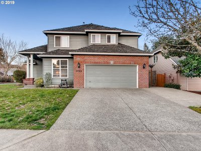 Single Family Home For Sale: 31182 SW Willamette Way