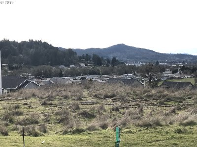Sutherlin Residential Lots & Land For Sale: 637 Valley Vista St