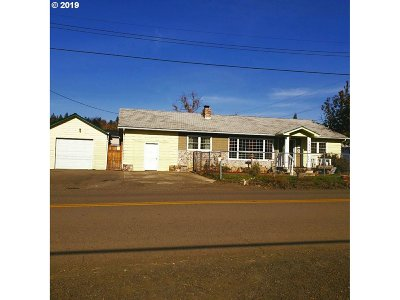 Roseburg Single Family Home For Sale: 2974 NE Douglas Ave