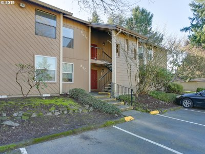 Tualatin Condo/Townhouse For Sale: 8472 SW Mohawk St