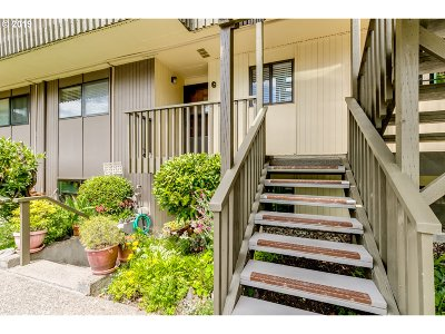 Eugene Condo/Townhouse For Sale: 4071 Donald St #G