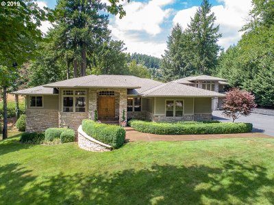 Lake Oswego Single Family Home For Sale: 18783 Stafford Rd