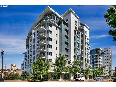 Portland Condo/Townhouse For Sale: 1310 NW Naito Pkwy NW #1005A