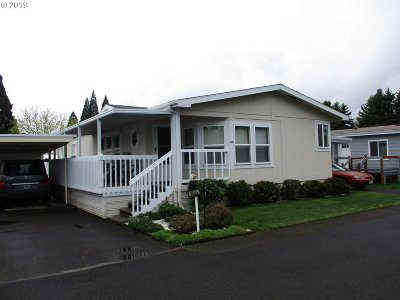 Canby Single Family Home For Sale: 835 SE 1st Ave