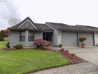 Ridgefield Condo/Townhouse For Sale: 3300 NE 164th St #A-2