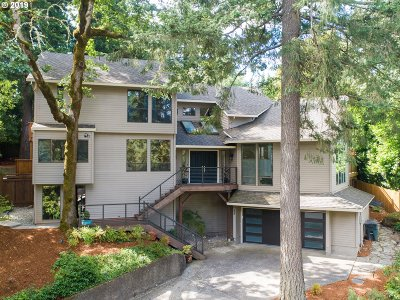 Lake Oswego OR Single Family Home For Sale: $825,000