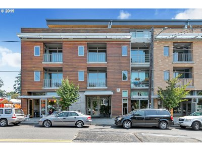 Condo/Townhouse For Sale: 4216 N Mississippi Ave #404