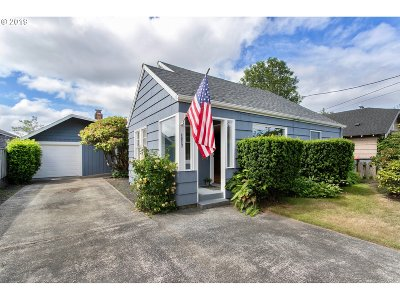 Seaside Single Family Home For Sale: 1217 2nd Ave