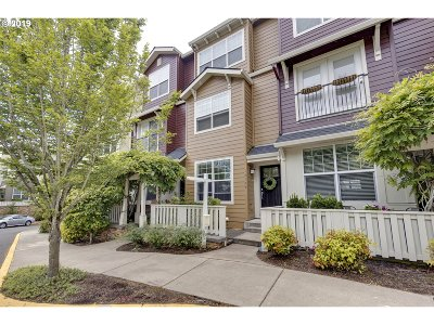 Happy Valley Condo/Townhouse For Sale: 12109 SE High Creek Rd