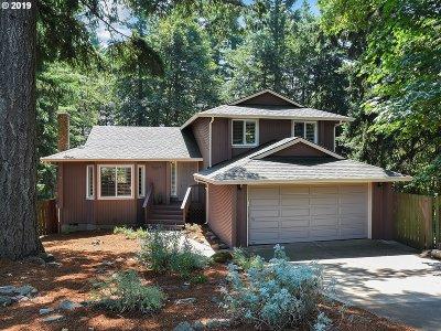 Oregon City Single Family Home For Sale: 14060 S Canyon Ridge Cir