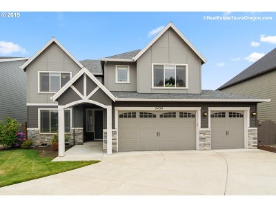 Forest Grove Single Family Home For Sale: 2436 Sablewood Ct